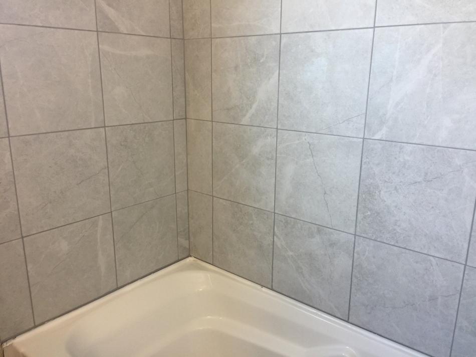 custom bathroom renovation bathrub/shower walls